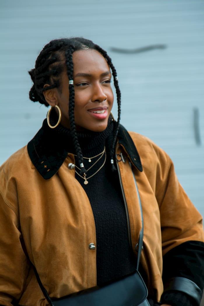 Mujer racializada a propósito del debate de género y medios de comunicación